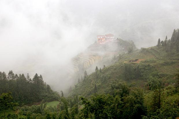 Winter fog over Sapa